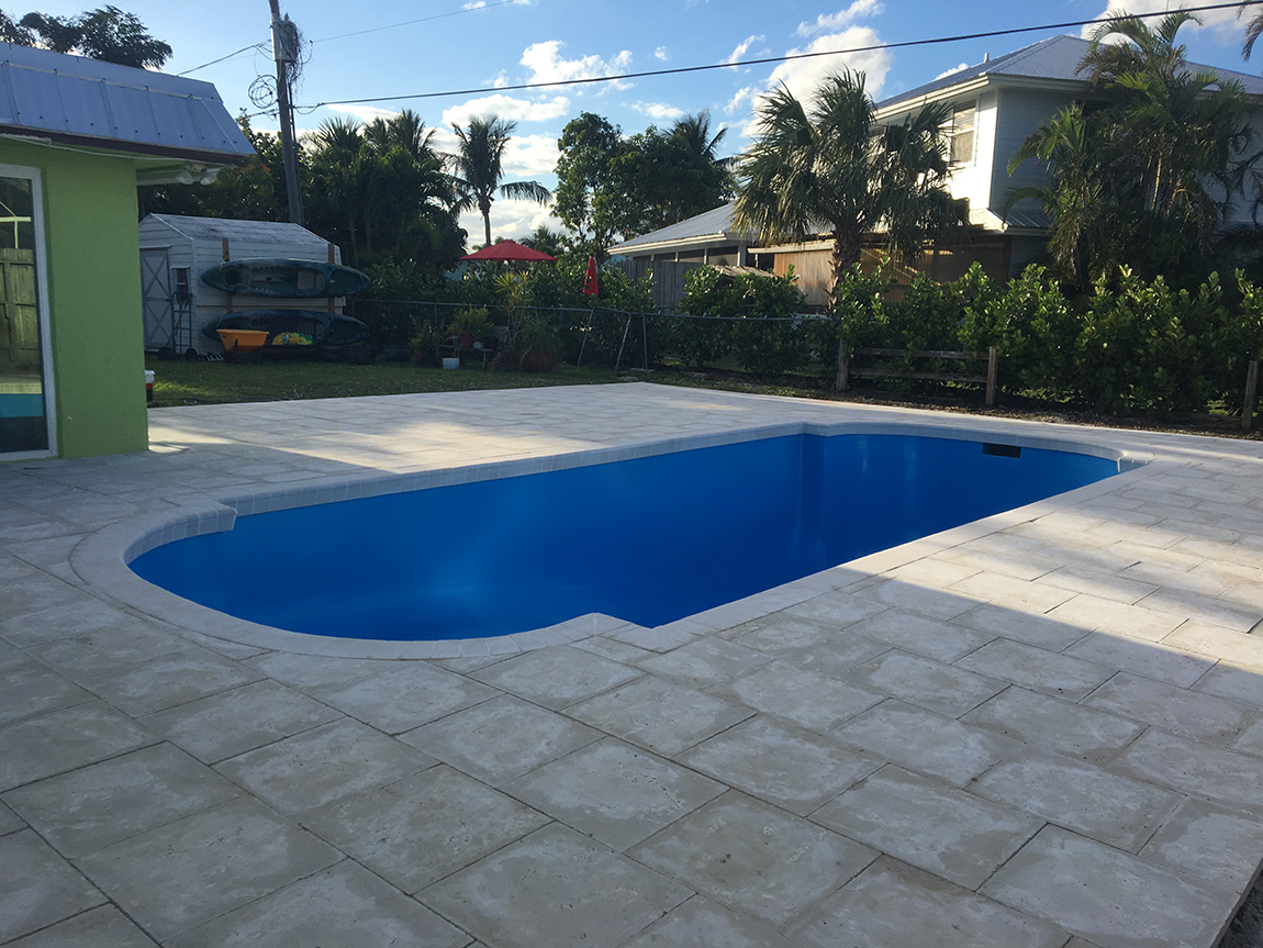 Swimming Pool restoration with AQUAGUARD 5000 Pool Repair products ...