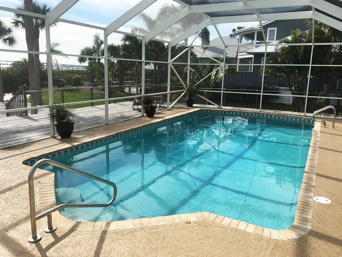 Epoxy pool paint aqua guard 5000 - Pool restoration ...