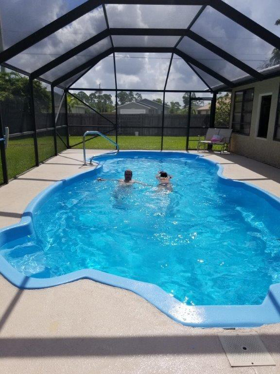 Pool Finish in Bahama Blue