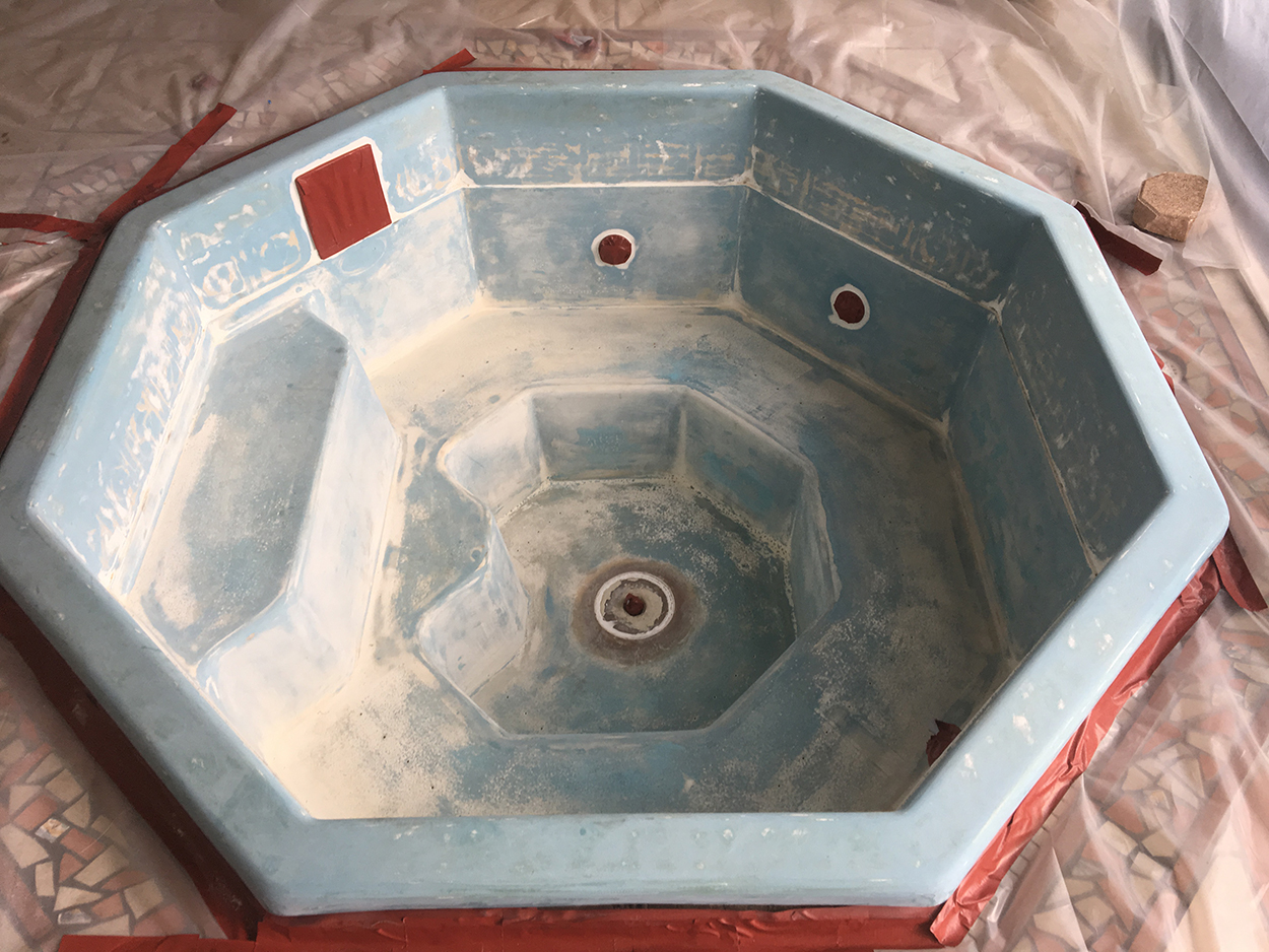 Spa before Aquaguard 5000 Epoxy Pool Paint application